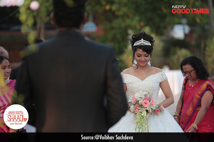 With a shy smile, Ainsteena walks towards Areef with her parents by her side. It is an emotional moment for everyone.