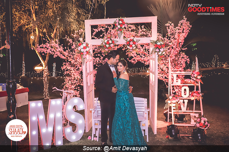 As their wedding festivities come to an end, Sonika and Mukul celebrate new beginnings.
