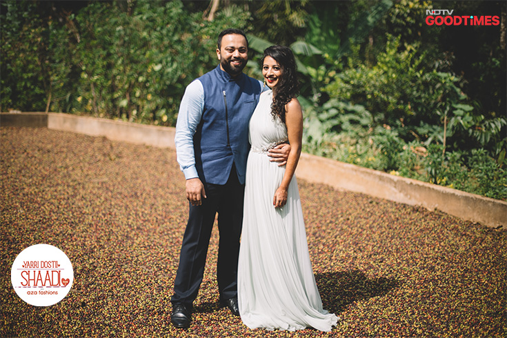 Vikram and Jahnavi's pre-wedding shoot takes place in the picturesque coffee plantations of Coorg, where Janhavi hails from. Wearing their Aza outfits, both look stunning and beautiful together.